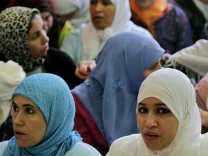 donne mussulmane con velo