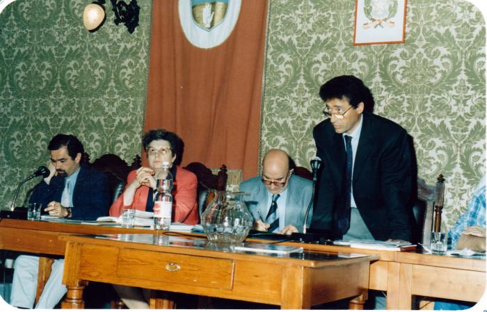 In Consiglio comunale 1995 (copia 1)
